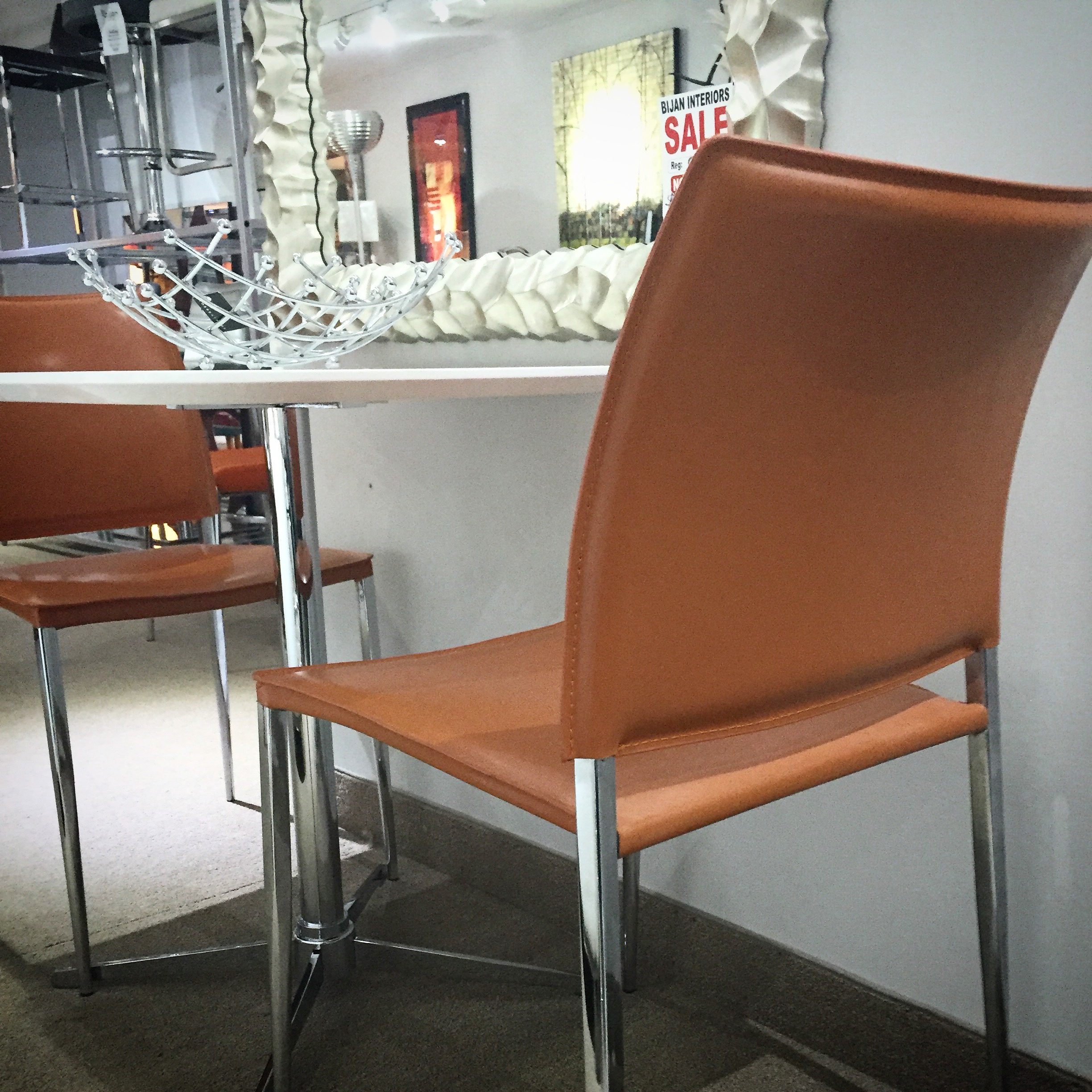 Leon Table 2 Chairs Bijan Interiors Toronto S Modern Furniture Store