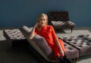 oldschool-vintage-sofa-chair-retro-legs-2_1